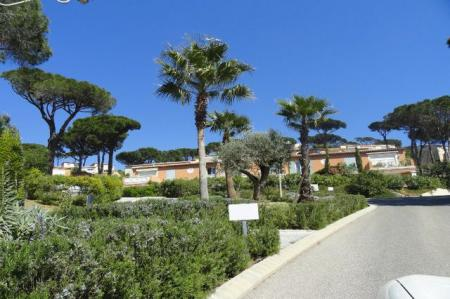 Self Catering Holiday Duplex Apartment to rent in Sainte-Maxime, Provence, France / 0123