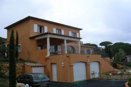 Sainte Maxime Holiday Villa Rental with Infinity Pool / 0128