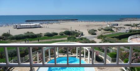 Beach Front Holiday Apartment to rent in Cap d`Agde, Languedoc, France