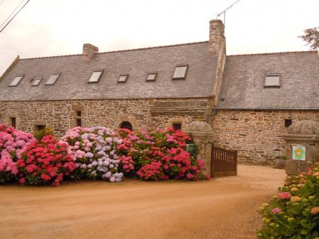 Holiday Cottage to rent in Trederez, Brittany, on the Pink Granite Coast