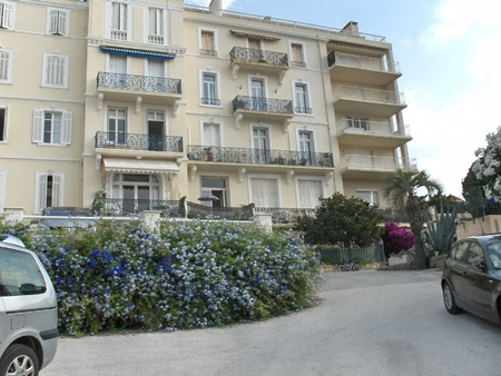 Luxury Holiday Apartment for Rent, Sainte-Maxime, France / Beautiful View On Saint Tropez Gulf