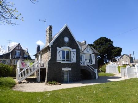 Renovated Holiday Home for Rental in Saint-Quay-Portrieux, Brittany, France