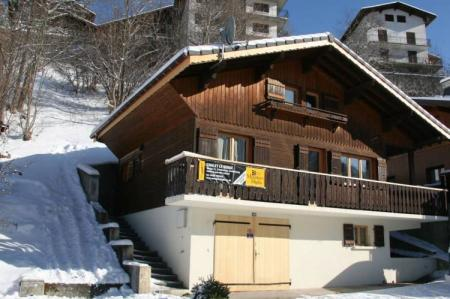 Self Catering Morzine Holiday Chalet to rent in Haute Savoie, French Alps / Chalet Serac