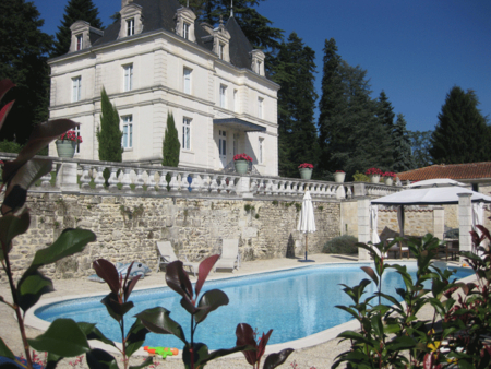 Luxury Holiday Chateau With Private Heated Pool In Dignac, Near Angouleme