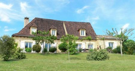 Dordogne Holiday House with Pool, Aquitaine, France / Hortense