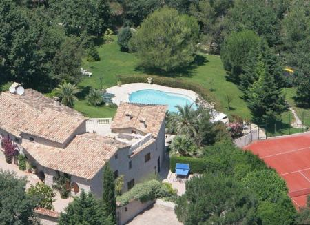 Luxury Holiday Villa with Private Pool Near Valbonne, Provence, France