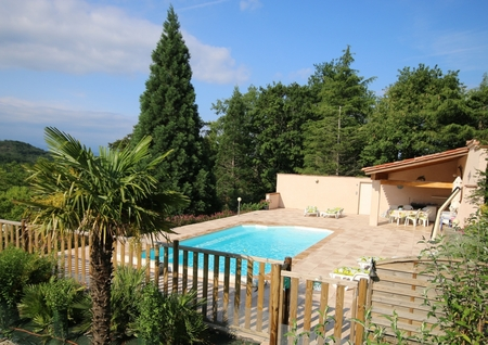 South of France holiday villa with heated private pool situated in peacful hamlet Panaramic views