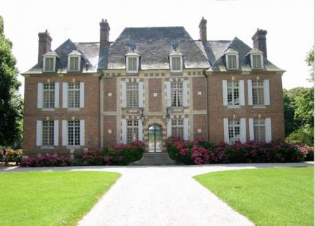Magnificent Holiday Chateau in St Maclou, Eure, Normandy / Chateau du Mont
