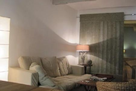 Old Town Nice - Self Catering Holiday Apartment to rent / Sleeps 2 People