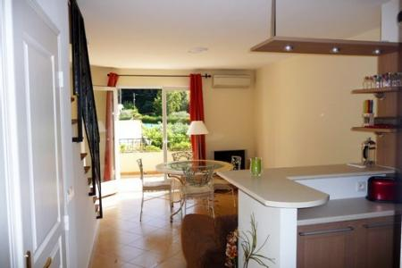 Lovely Cagnes-sur-Mer Holiday Rental Apartment, Near Beaches
