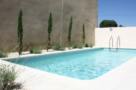 Self Catering Holiday Home with Pool and Air con, South of France / La Couronne