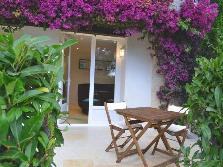 Villeneuve-Loubet Holiday Apartment Rental Near Cannes, France