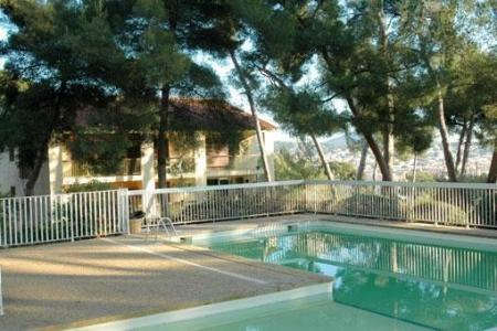 Holiday Duplex Apartment to Rent in Sanary-sur-Mer, Var, France