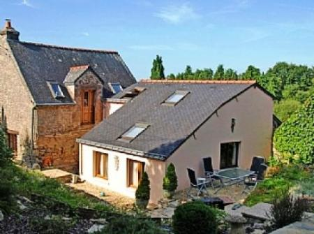 Holiday Cottage In Pontivy Area, Morbihan, Brittany, France