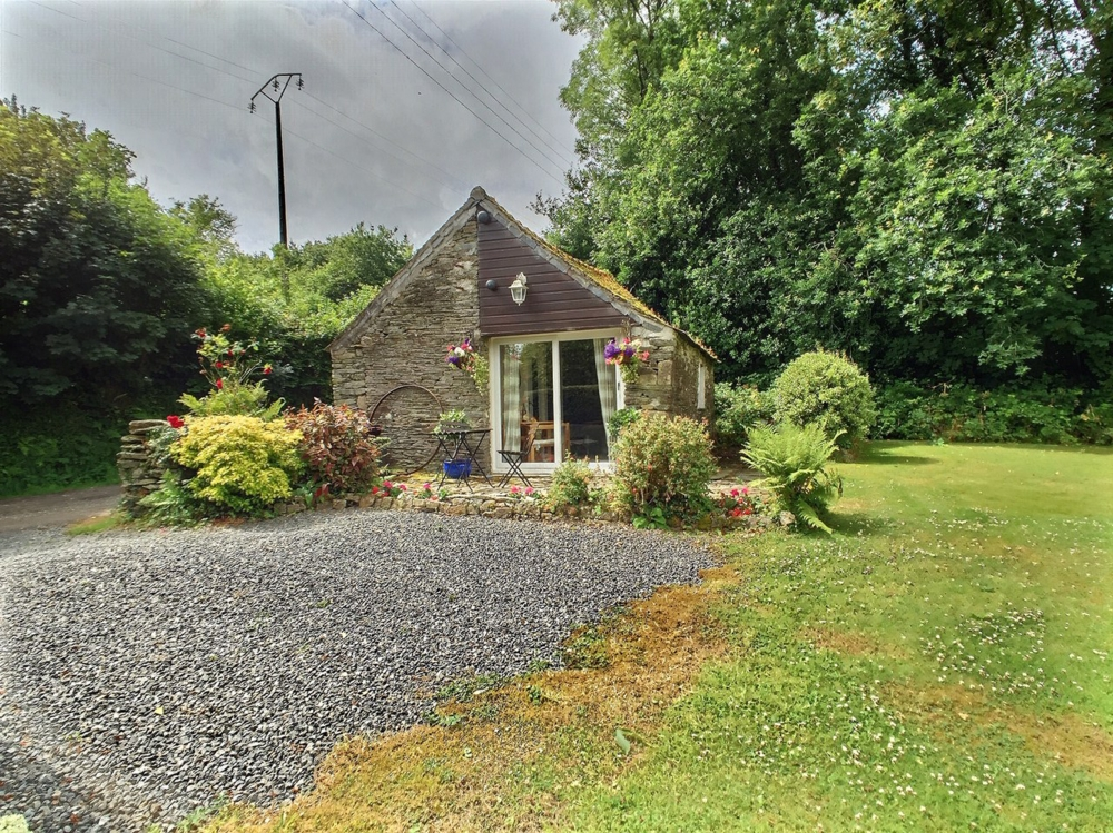 Studio Gite in the Heart of Finistere, Brittany/ Stable