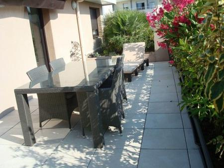 Self Catering 2 bedroom holiday rental apartment in Centre-ville-Croisette, Cannes, France