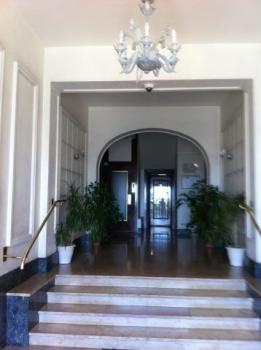 Large Holiday Apartment Rental In Nice, Provence / Overlooking the Sea, On Promenade des Anglais