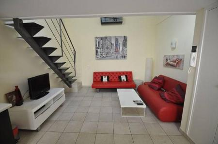 West Nice Holiday Rental Apartment, Provence, France