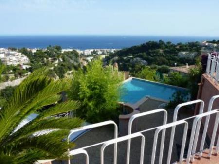Holiday Spacious Villa Rental with Fantastic Views, Port of Nice, France