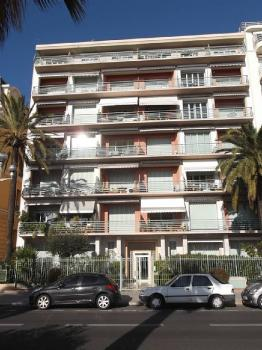 Holiday Apartment on Promenade des Anglais, NICE, France