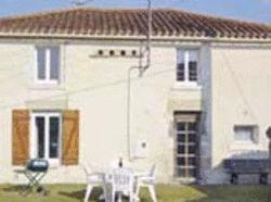 Spacious self catering farmhouse to rent in Vendee, Pays-de-la-Loire