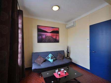 Self Catering Cannes Holiday Apartment Rental, Centre-ville - Croisette, France