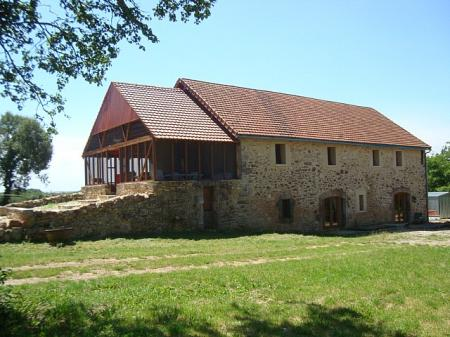 Newly restored Barn with Private Pool, in a village near Figeac and the river Lot, France