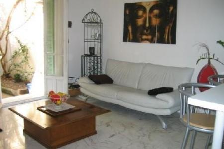 Centrally Located Holiday Apartment in Nice, Provence, France