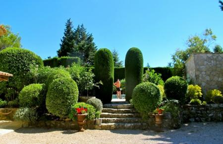 2 to 10 Guests Holiday Villa with Heated Pool Nr Mougins, Cannes, France