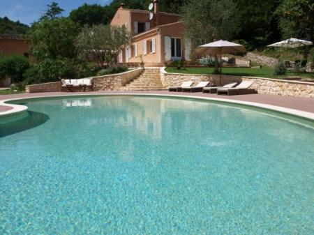 Cagnes Sur Mer Holiday Rental Villa with Pool in French Riviera / Villa Peire Long