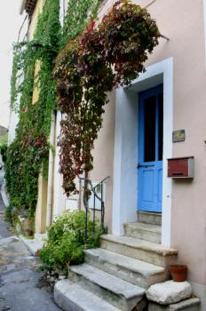 Holiday House in Beaumes de Venise, Vaucluse, Provence / Le Portail Neuf