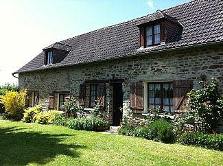 Holiday Detached French Cottage in Neuilly-le-Vendin, Mayenne, France