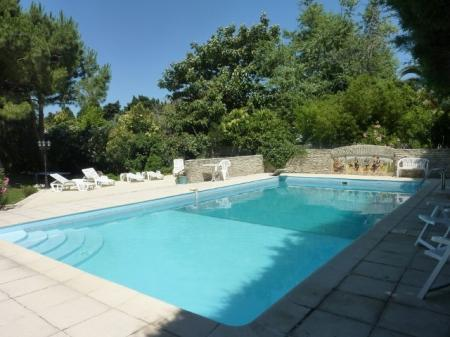 Languedoc Holiday Home with Large Pool in Villelongue-de-la-Salanque, France / The Old Farmhouse
