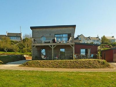 Brittany Holiday Home With Beautiful Views Of The Harbour Of Aber Wrac'h, Landeda, France