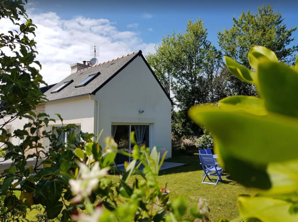 Plouguerneau Holiday House with Garden in Brittany, Finistere, France