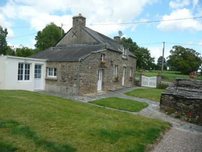 Self Catering Holiday Cottages to rent, Brittany, near La Gacilly / KER LOUIS