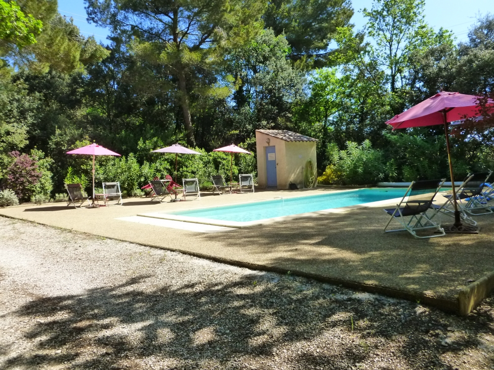 La Nouvelle Peyriere - In the Heart of Provence - 2-bedroom Vaucluse Holiday Villa with Pool, located between Carpentras and Mazan, France