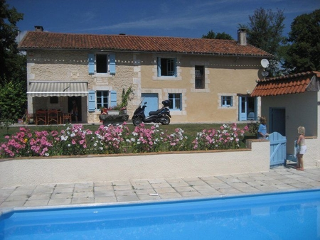 Dordogne Holiday House with Private Pool, Near Verteillac, France