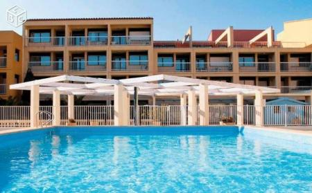 Holiday Rental Apartment with Swimming Pool, Agde, Herault, France