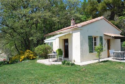 Vaucluse holiday cottage with wonderful views of Mount Ventoux, France