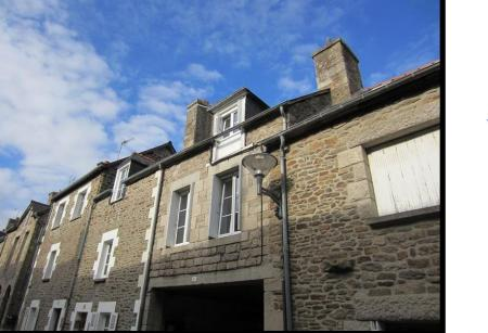 Comfortable Dinan Holiday Home in Brittany, France, 66 Rue St Malo