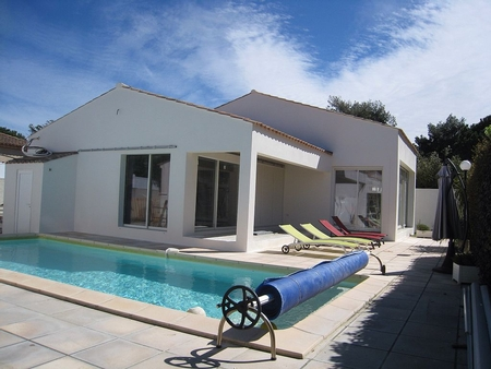 2 bedroom Holiday Villa Rental in Agde, Herault, France
