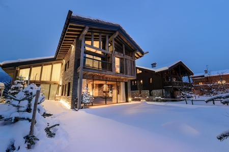 Beautiful Chalet Rental in Courchevel Le Praz, Savoie, France / Chalet Blossom Hill