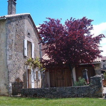 ChezParsonage 18th Century Holiday Farm Cottage, La Marteille, Aquitaine, France