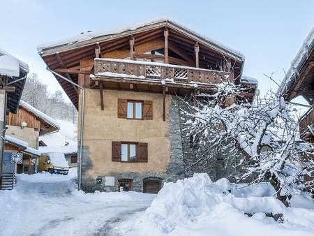 6 Bedroom Catered Ski Chalet in Montorlin, Montchavin - La Plagne, France