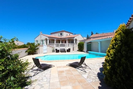Exclusive Luxury Holiday Villa with Private Pool In Languedoc-Roussillon, Boutenac, France