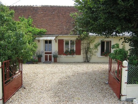 Holiday Rental Cottage in Villiers, Near Loches, Loire Valley, France / La Riaute