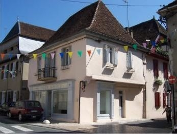 2 bedroom Townhouse in Salies de Bearn, South West France