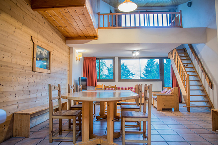 Bourg St Maurice Holiday Rental Apartment in Savoie, France / Les Deux Tetes