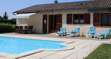 Annesse-et-Beaulieu Holiday Villa with Private Pool, Dordogne, France / 1 km From Nearest Village